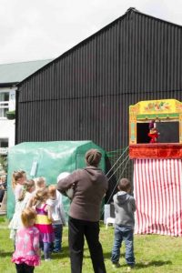Fete With Punch And Judy